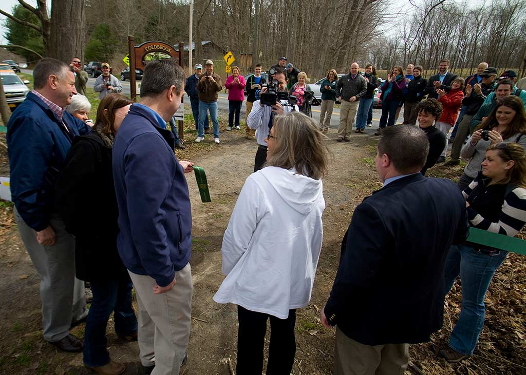 Coldbrook Preserve ribbon cutting ceremnoy